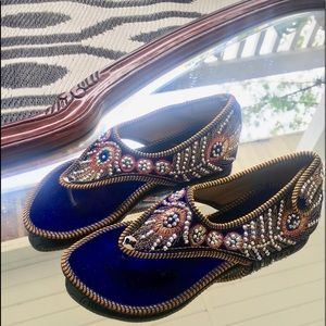 New Hand embroidered wedding jutti sandals India 7